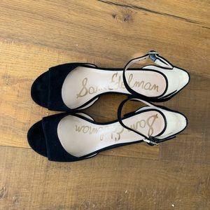 Like new! Black Sam Edelman strappy dress sandal 8